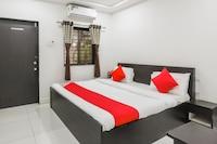 OYO 67895 Akshar Guest House