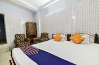 SPOT ON 67908 Hotel Rahul