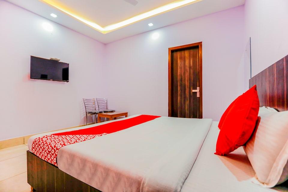 OYO 67933 Hotel Shrinath Bhawan