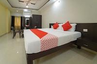 OYO 67964 Hotel Navaratna Palace