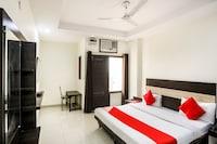 OYO 68014 Yash Residency