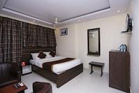 OYO 5586 Prakash Palace