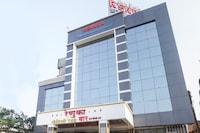 Capital O 68025 Renuka Executive