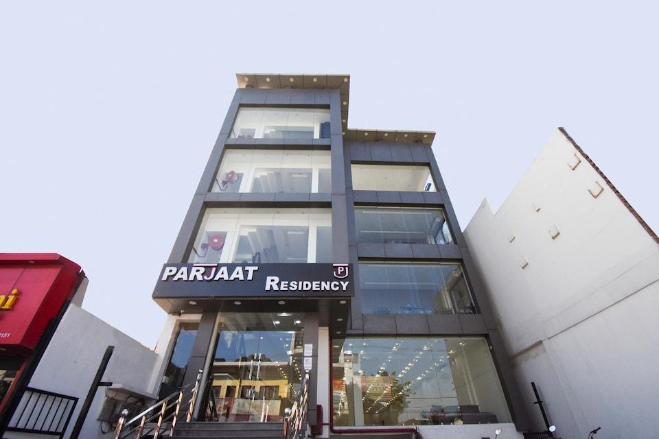 Capital O 68035 Hotel Parjaat Residency