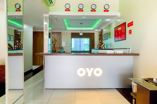 OYO Hotel Via Universitária