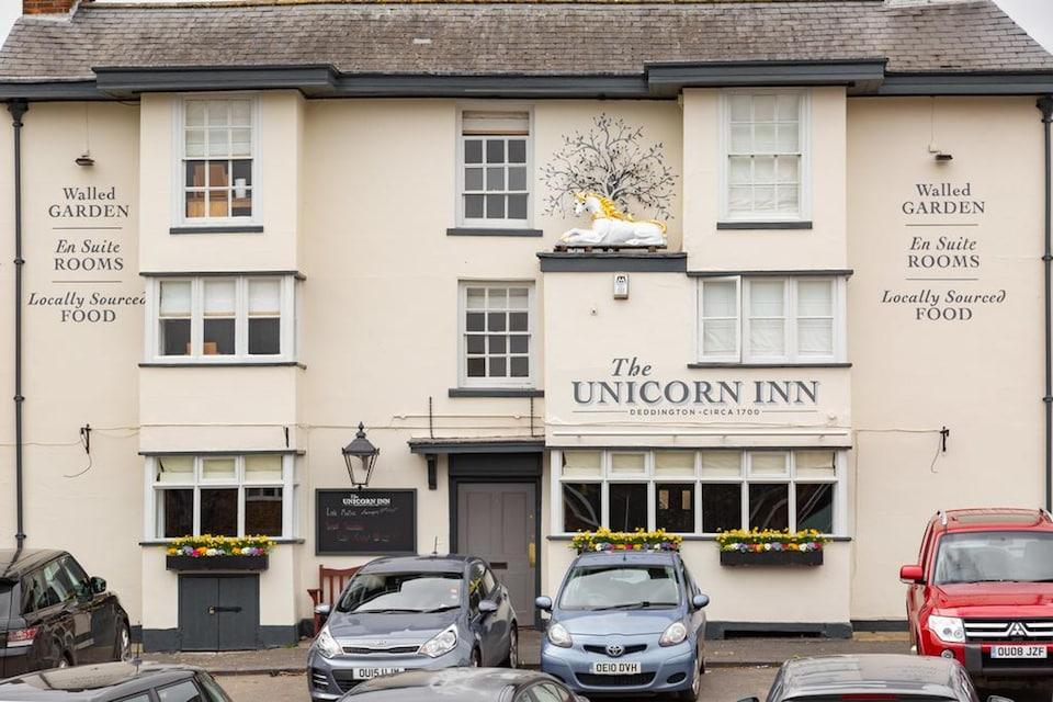 OYO Unicorn Inn, Deddington, Banbury