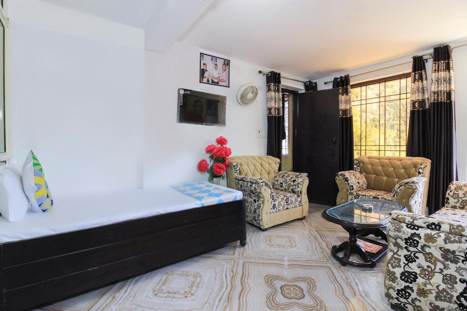 OYO Home 68223 Alluring 2bhk Cottage Mukteshwar