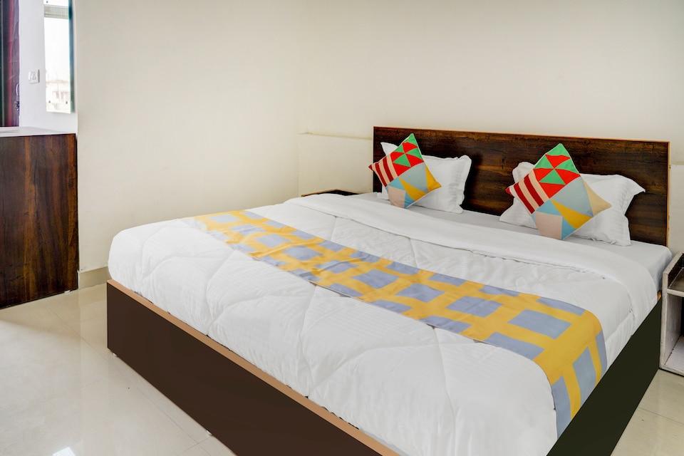 OYO Home 68225 Elite Stay Dehradun