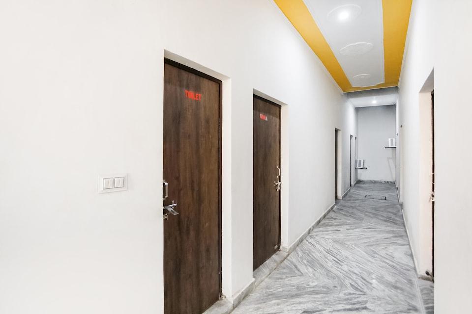 OYO 68371 Hotel Dollar, Faridabad, Faridabad
