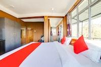 OYO 68383 Mountain Mist Resort  Suite