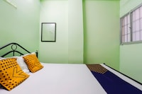 SPOT ON 68394 Rk Rooms