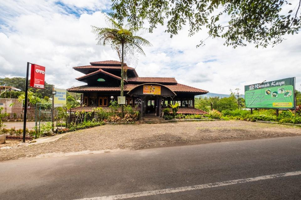 OYO 2640 Rumah Kayu Cottage Syariah