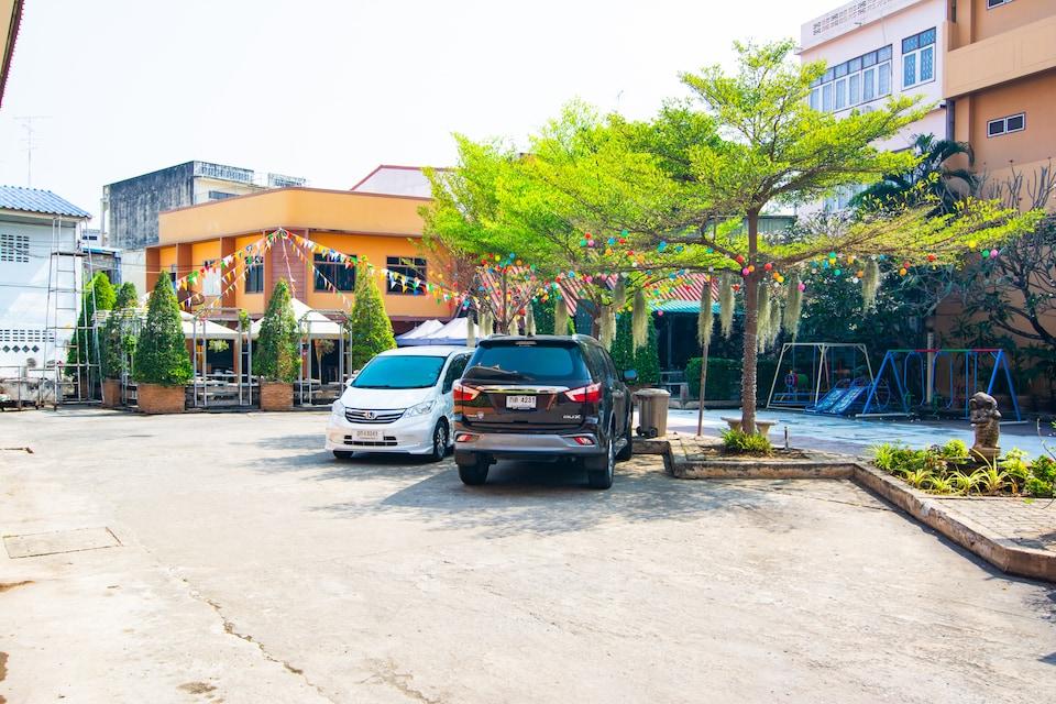 OYO 534 Phasuk Hotel, Pranburi Beach P2, Hua Hin