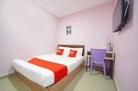 OYO 89762 CMN Hotel