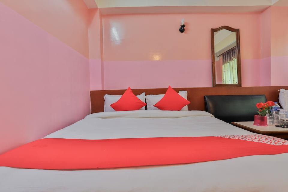 OYO 737 Hotel New Sea Paradise