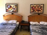 OYO Hotel Regis