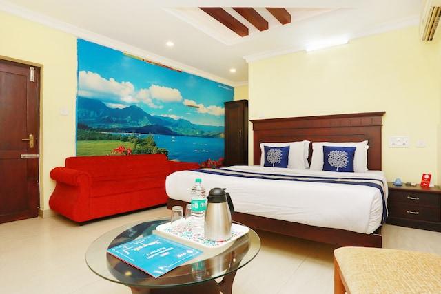 OYO 5643 Hotel Malabar Plaza