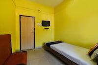 SPOT ON 68583 Hotel Jai Hind Home