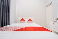 OYO 2727 Nareswari Guest House