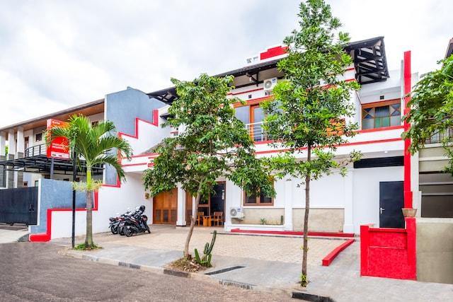 OYO 2728 Sinulingga Residence