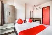 OYO 68665 Hotel Tirupati Palace
