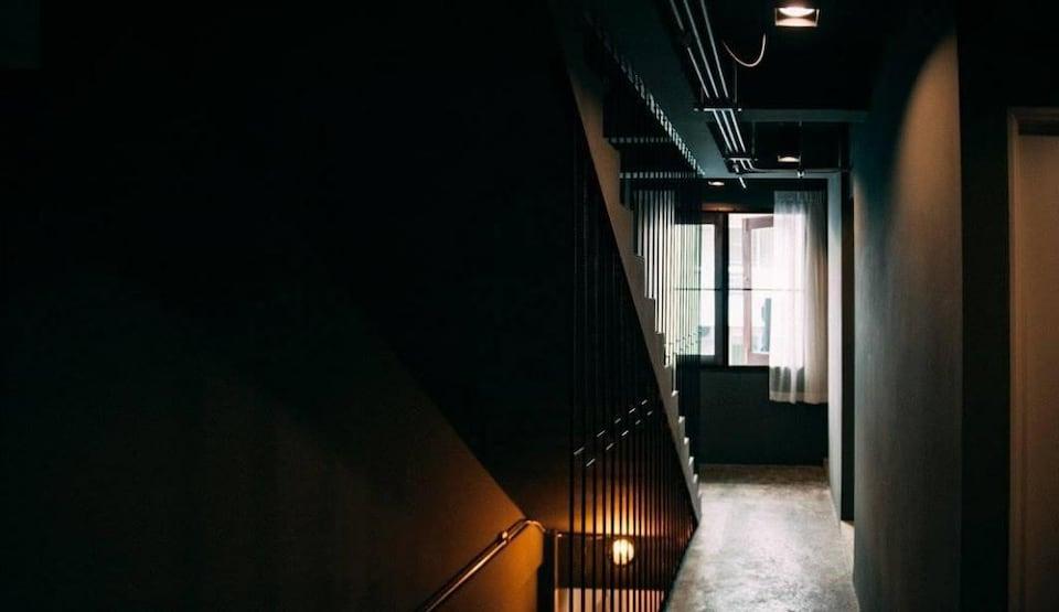 Box Hostel N Cafe
