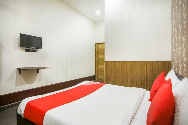OYO 68712 Hotel Kashish