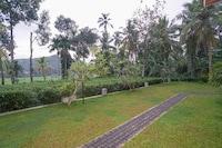 OYO 524 Peacock Villa