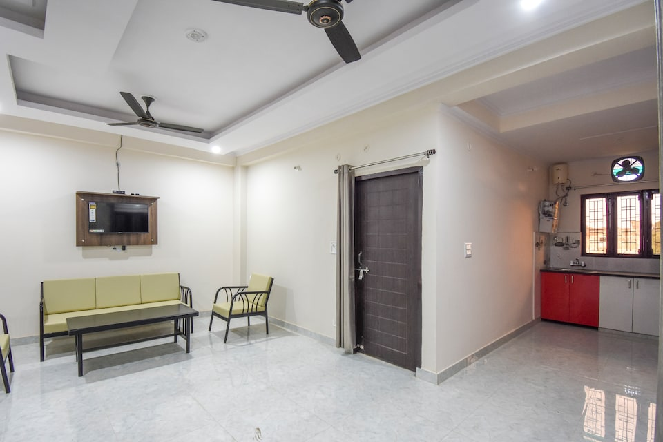 OYO Home 68766 Exquisite 2bhk Apartment Dehradun