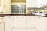 OYO Home 89794 Uncommon 2br Sri Sayang