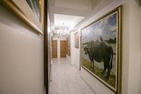 OYO 568 Art Hotel Hua Lamphong