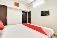 OYO 68844 Chintamani Inn
