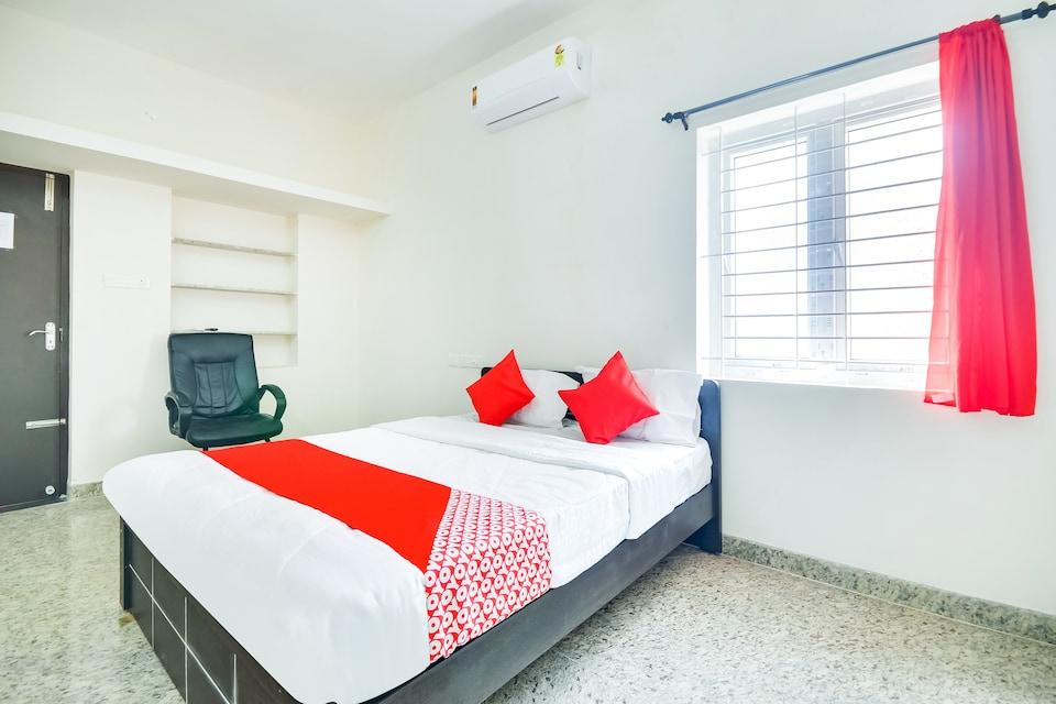 OYO 68880 Arudhra Inn