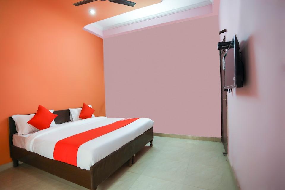 OYO 68893 Rahul Residency, Indirapuram Ghaziabad, Ghaziabad