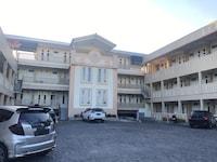 OYO Life 2791 Al Baroqah Residence