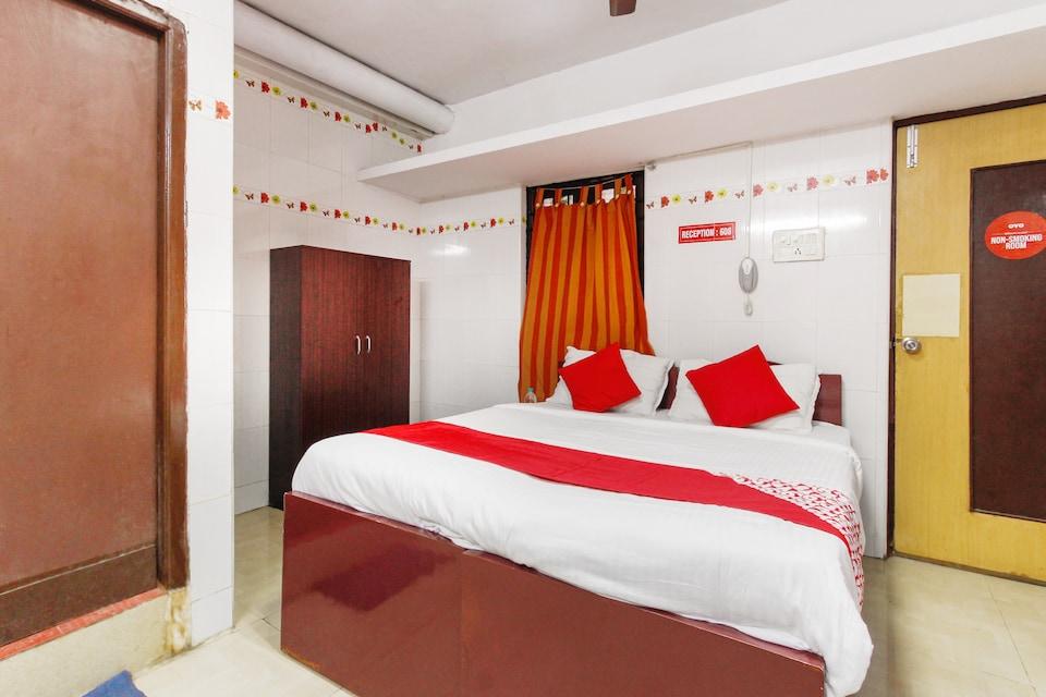 OYO 69036 Ram Residency