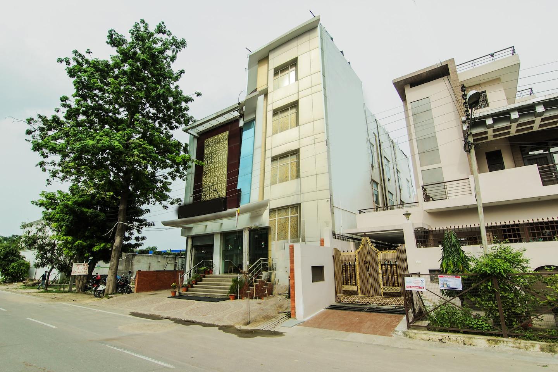 OYO 5663 GS Inn -1