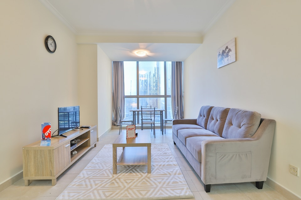 OYO 436 Home Global Lake Views, 1BR,  Cluster E, JLT