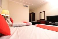 OYO 112 Semiramis Hotel