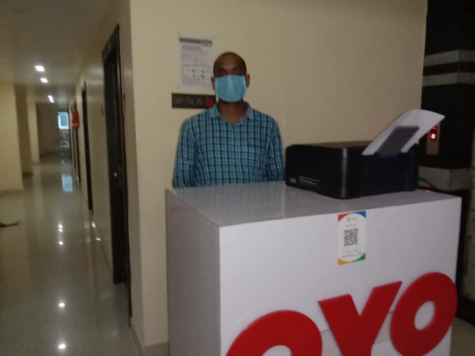 OYO 69110 Mohan Residency