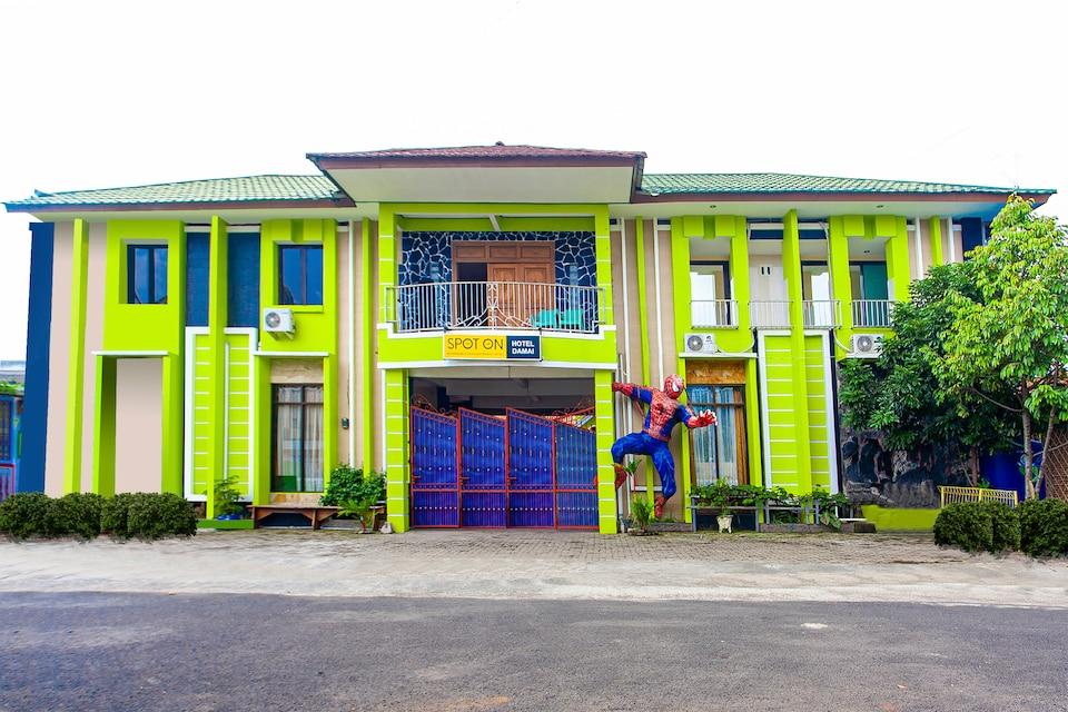 SPOT ON 2815 Hotel Damai, Cilacap, Cilacap