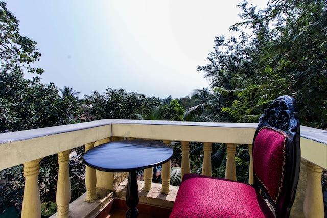 OYO 5671 Maximum Holiday Inn