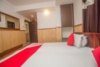 OYO 69210 Hotel Arya
