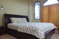 Senaz Guesthouse
