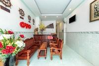 OYO 828 Hoa Giay Hotel