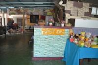 SPOT ON 89821 Batu Maung Sempoi Inn And Cafe