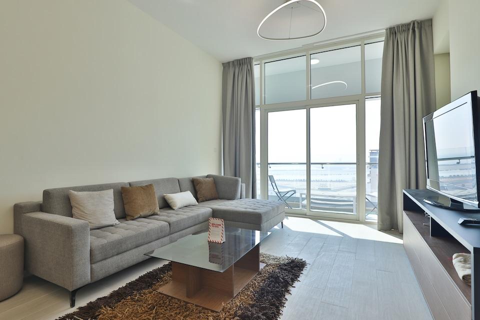 OYO 449 Home Azizi Aliyah 1 BR