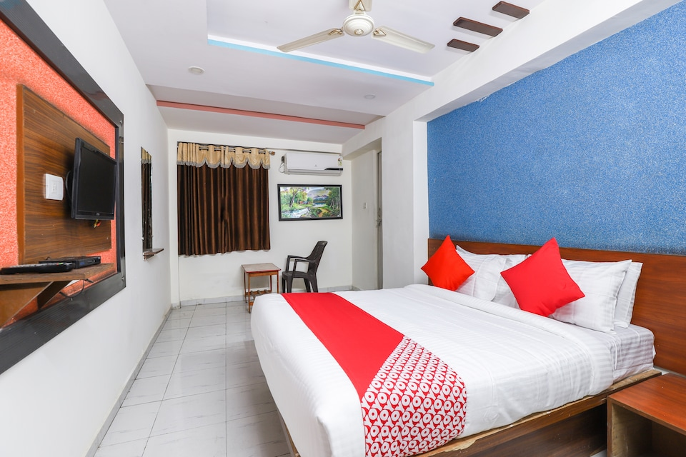 OYO 69355 Hotel Anand Guest House