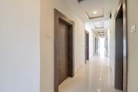 OYO 69386 Rahul Plaza Deluxe
