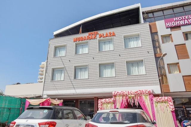 OYO 69408 Hotel Mubarak Plaza